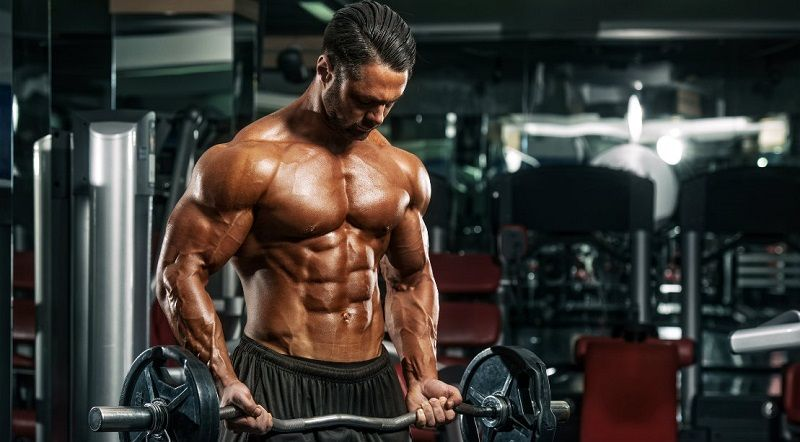 Bodybuilder-training-workout